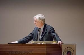 Utrikesminister Erkki Tuomioja.