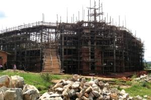 Kyrkan som byggs i Kiremba ska rymma 10 000 - 14 000 människor.