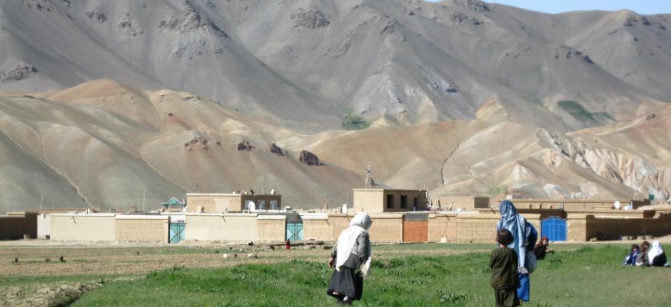 Afghanistan_barn_slider1