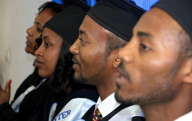 8 utexaminerades från medieutbildning i Addis Abeba