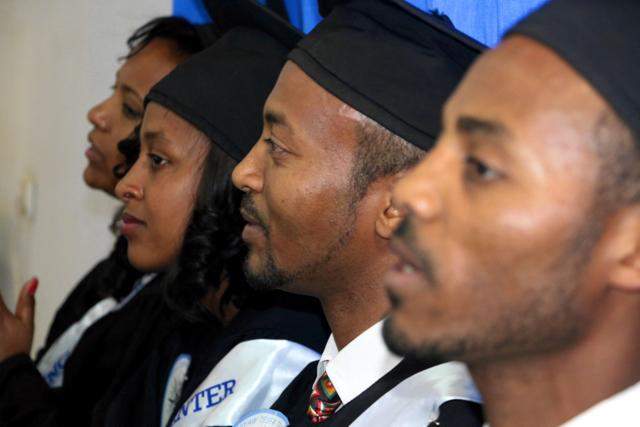 Åtta utexaminerades från medieutbildning i Addis Abeba