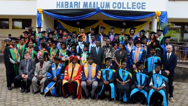 Graduation Day på Habari Maalum College