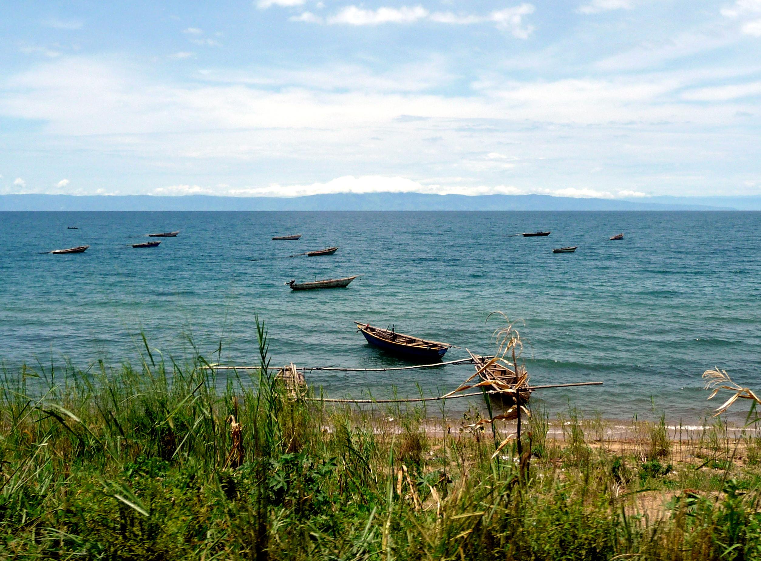 Burundi_sjö