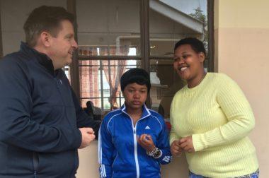 Utbildning bekämpar fattigdom i Tanzania